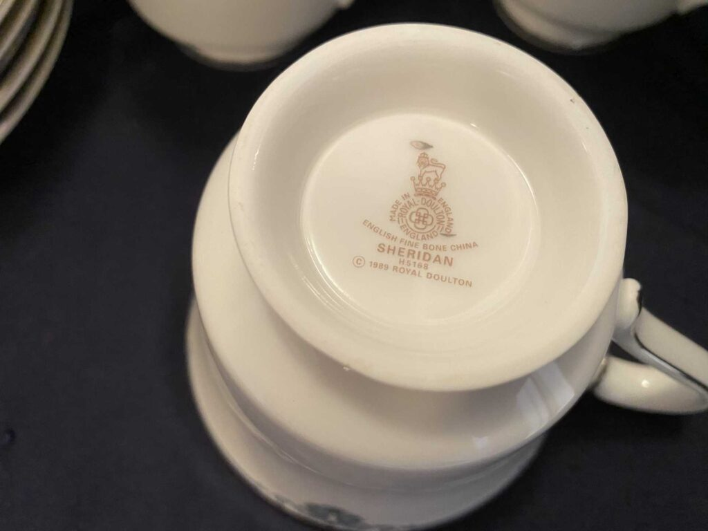 Bottom of china cup