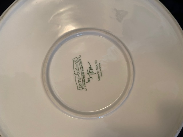 backside of deep dish pie plate